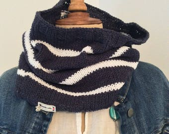 Navy Blue sailor Snood and white