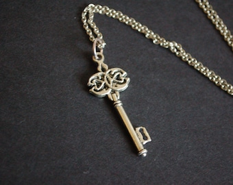silver tone key necklace