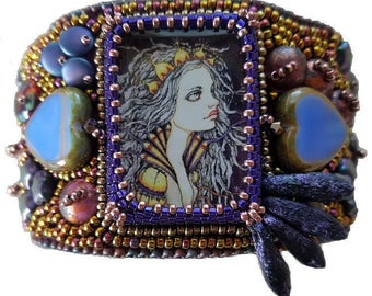 Limited Edition Bead Embroidery Kit Bracelet - Her Royal Heart
