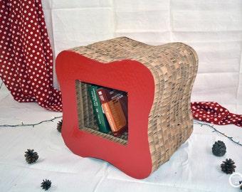 Cardboard Pouf, carton pouf, cardboard stool, shelf, bookshelf, carton, cardboard, pouf, design pouf