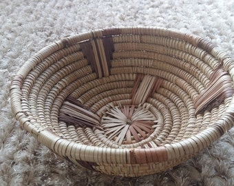 African reed fruit bowl