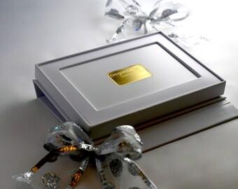 Hochzeitsgeschenk mit 5 g Bank handelsfähigem 24 K Goldbarren, perfekt auch für Geburtstage und andere besondere Anlässe