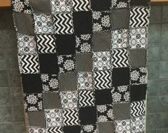 Modern black white patterned rag quilt / throw  51 x 36 lap or small throw