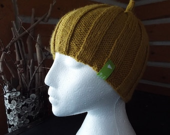 Ribbed Knit Hat with Top Knot