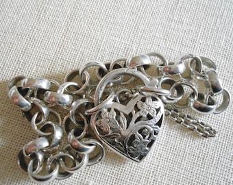 Vintage Sterling Silver Rolo Bracelet with heart shaped lock 1959 Copenhagen Marked HMJ Henry Marius Jacobsen