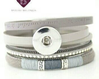 I am beautiful snap button charm bracelet