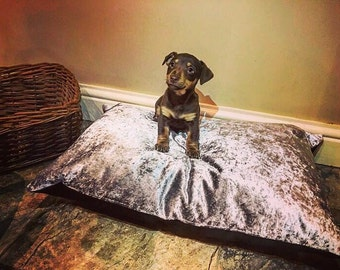 Luxury Crushed Velvet dog cat pet bed