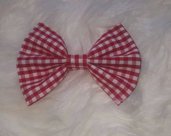 Hairbow// bow//bowtie//handmade// accessories//hairclip//hand made//hair clip// bow tie