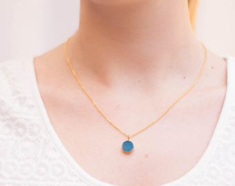 Turquoise gemstone necklace yellow gold