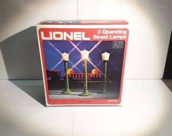 Lionel O Gauge Model 6-2170 3 Operating Street Light