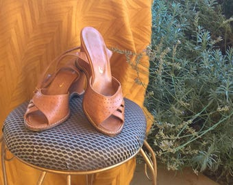 1970's Leather Wedge Shoe, Size 7 1/2, 9cm Heal