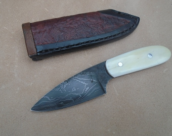 Hand Forged Damascus Pocket fixed blade