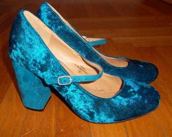 Mary Jane Chunky Heels, Turquoise Crushed Velvet, Size 9