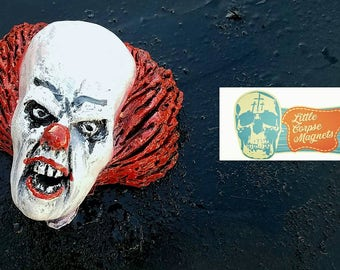 Pennywise magnet