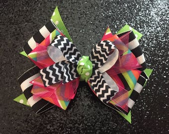 """Pink & Green Chevron 5"""" Bow with Gator Clip"""