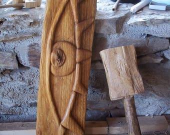 occhio - intaglio su legno di castagno - carving on chestnut wood