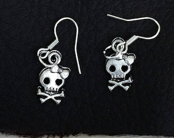 Skull & Bow