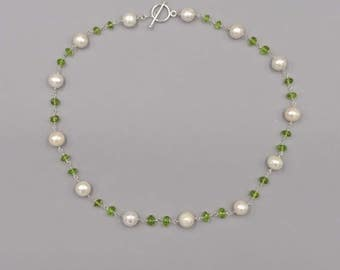 "19"" Cultured Fresh Water Pearl and Peridot Necklace"
