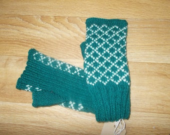 Green Fair Isle inspired fingerless hand warmers.