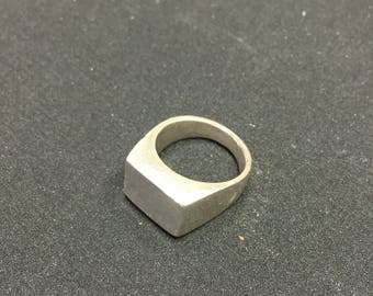 Raw silver pinkie ring