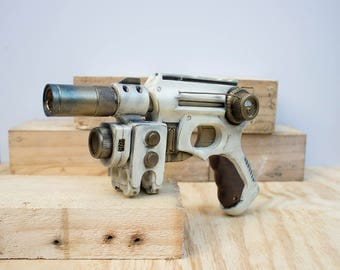Weathered Imperial Guard Steampunk Gun - Nerf Mod
