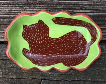 Small Scalloped Serving Dish - Cat