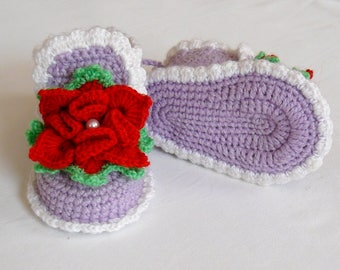 Elegant crochet baby booties for girls.