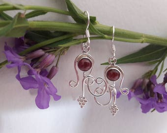 earring silver Sterling, semiprecious gemstone Garnet