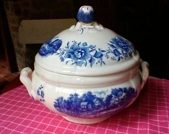 "Soup Tureen - Vintage French Sarreguemines ""Romantic"""