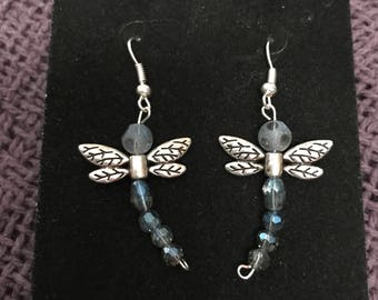 Dragonfly dangled earrings