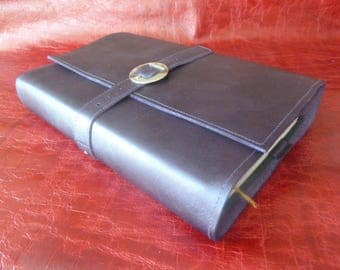 For 20.5 cm height books, book adaptable purple cowhide leather, belt closure and loop