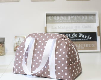 An insulated lunch bag - bag sewing kit