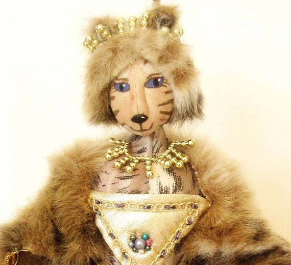 Pattern Amp Kit To Make Queen Purrsha 18 Quot 46 Cm Tall