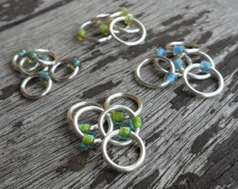 Dangle Free Knitting Stitch Markers Coloured Lined Blues and Greens Silver Wire Four Different Sizes Twenty Markers