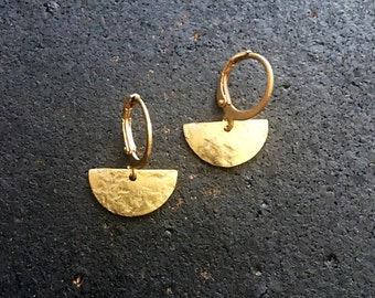 SALE Lightweight Brass Geometric Drop Earrings - Minimalist Earrings - brass Earrings - geometric shape jewelry - pendulum earrings
