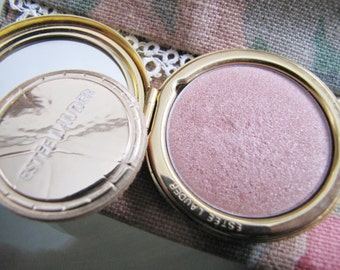 Compact//Estee Lauder Compact Signature Shimmer Powder