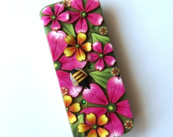 Bumble Bee Slide Top Tin, Sewing Needle Magnetic Pin Box ,Polymer Clay Covered Tin, Magnetic Needle Case