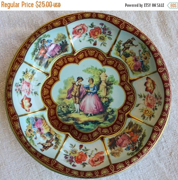 BIG SALE - Vintage Tray - Daher Decorated Ware - Long Island New York - Made in England - Romantic Couple