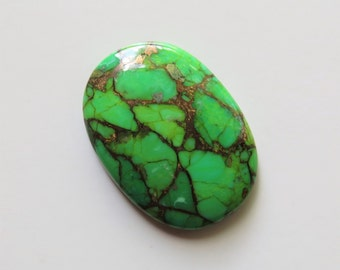 Mojave Green Turquoise - Oval Cabochon, 58.10 cts - 28x39 (MT113)