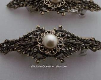 Hair Barrette Victorian small barrette antique gold Faux pearl