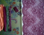 DIY Fabric and notions Olive Ombre Paisley & Violet for 1 BRA and BRIEF by Merckwaerdigh