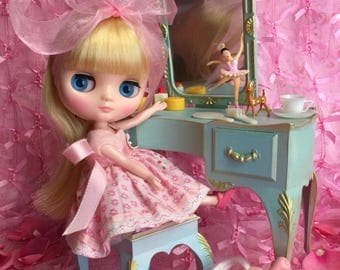 Blythe ...Special SALE!!.. ends soon!!..Vintage Dollhouse Vanity for Middie and Neo Blythe Dolls..Up Cycled and Ooak.. Super pretty!!