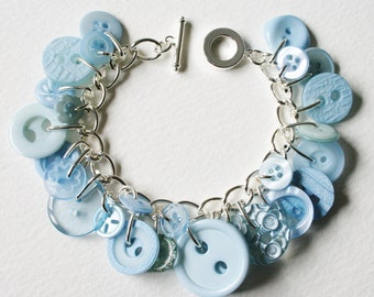 Button Bracelet Forget Me Not Pale Blue