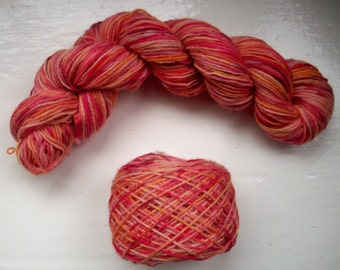 Sock yarn, hand dyed wool, hand painted, flame red, ochre, burgundy, mustard yellow, spice brown 100g by SpinningStreak
