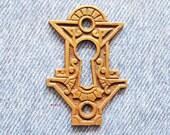 Medieval Eastlake Escutcheon Antique Furniture Keyhole Gothic Brass Skeleton Key Hole Cover Hardware Plate