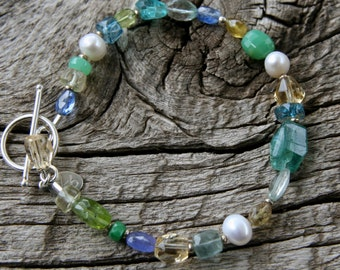ckb creations, sundance style, blue green yellow bracelet, gemstone bracelet, blue gemstone bracelet, green gemstone bracelet, pearl