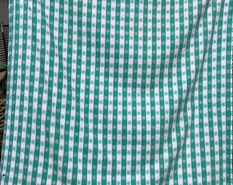 Vintage Green and White Picnic Check Tablecloth