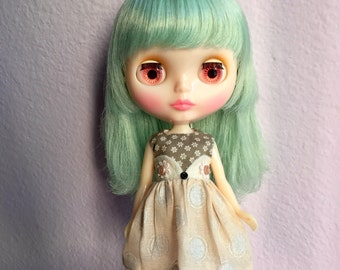 wise eyes dress for blythe