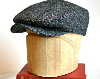 Men's Driving Cap in Black and White Herringbone Tweed - Men's Flat Cap