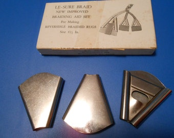 Vintage Le-sure triangular cones: fabric folders for braiding rugs, set of 3, 1.5""
